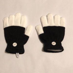 $4 BP.    LED Light Up Gloves